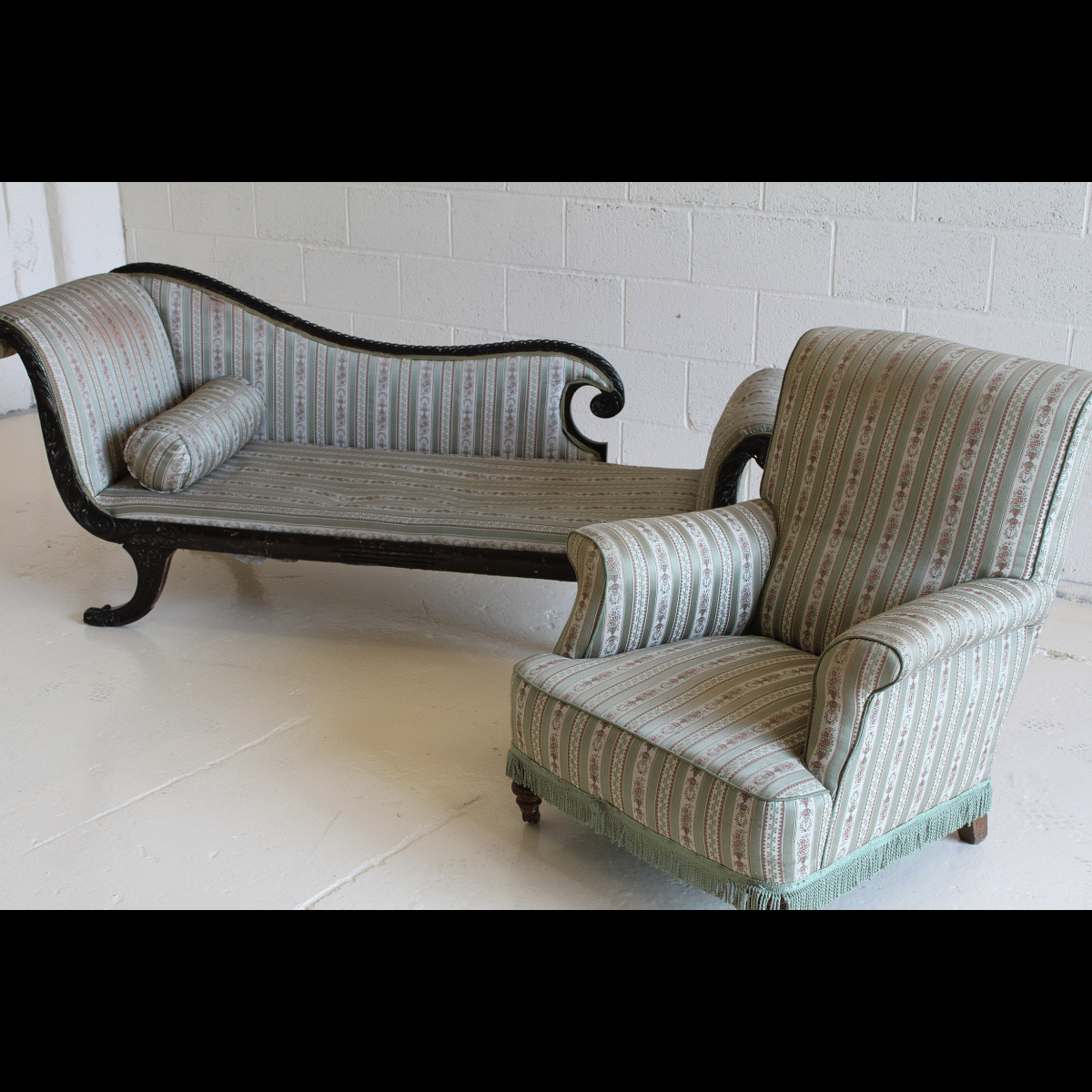 Chaise longues archives stockyard north for Chaise longue hire