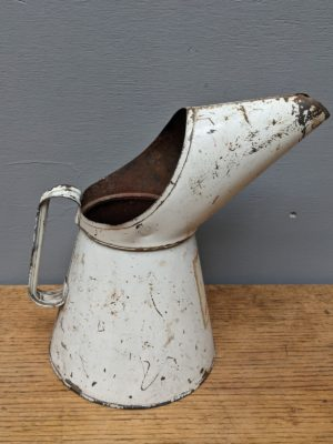 vintage metal oil can with spout guard